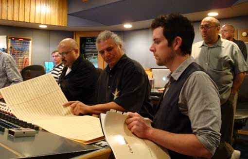 Pro Tools operator Aaron, Walter Afanasieff, Paul Buckmaster, Chris Man and Jay Landers in the control-room of studio 'B' at Capitol studios, Hollywood, January 2009 (from left). (c) Paul Buckmaster