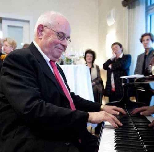 Buddha Scheidegger am Keys for Kids Konzert 2011 (c) Xecutives.net