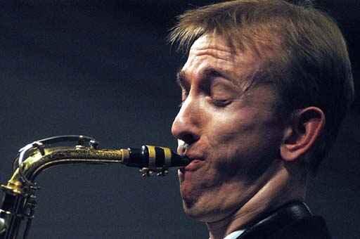 Chris Hopkins am Saxophon
