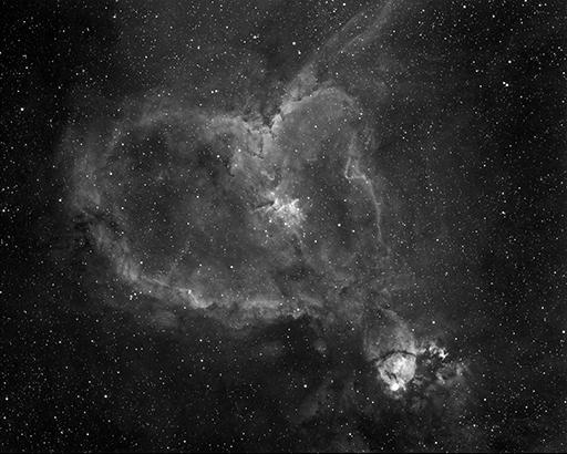 IC 1805: Herznebel, Sternentstehungsgebiet im Sternbild Cassiopeia. 192 Min. Belichtungszeit mit 106/530mm Refraktor durch Linienfilter Ha, aufgenommen in Riehen. Entfernung ca. 6500 Lichtjahre  (Foto: Marcel Süssli).