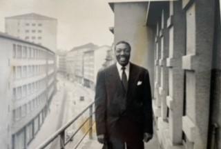 Joe Turner in a guesthouse in Zürich 1950