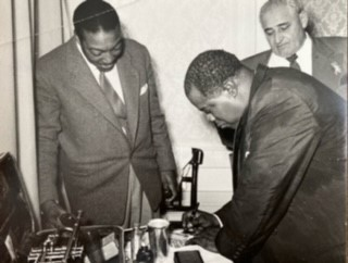 Joe Turner with his friend Louis Armstrong in Zurich, around 1958